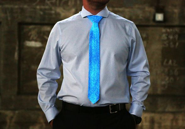 Make a Glow in the Dark Tie